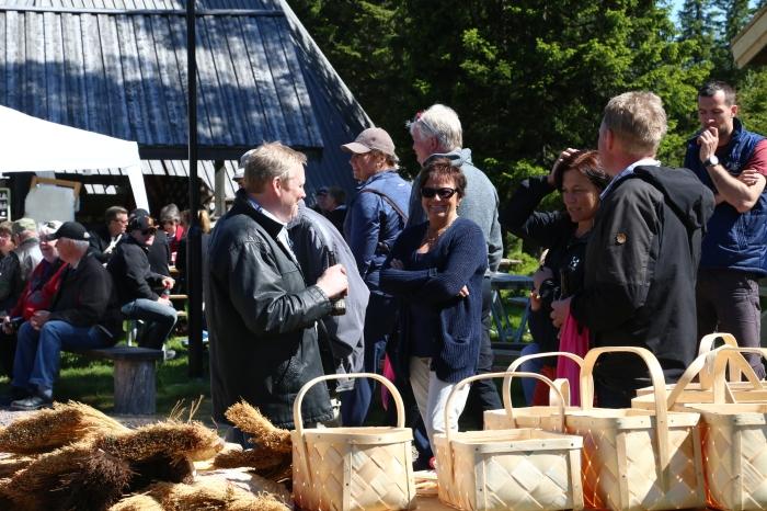 Säs Holger, korgar, korgbindning, hantverk, hantverkare, Dalahantverk, Dalarna, arts & craft, fäbod, Lindvallens Fäbod, jonas i sälen game fair, outdoor summer market, sommarmarknad, mässa sälen, mässa dalarna, Dalarna
